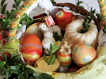 Pascua 1 - Rompecabezas para estudiantes de la foto enviada por los padres. Canasta de pascua.