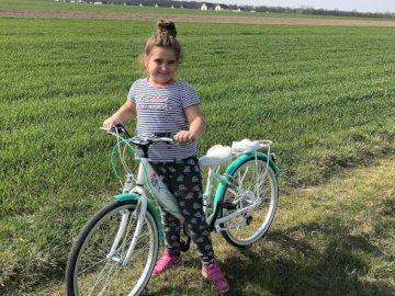 La jolie fille de Jasmina - puzzle d'une photo d'un enfant