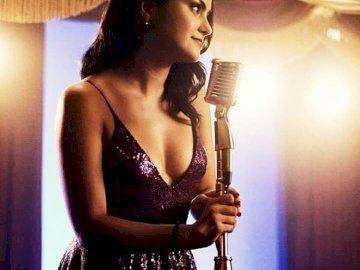 Veronica Lodge - Veronica Lodge z serialu riverdale