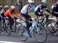 Timéo bike fan - Bardet em primeiro plano