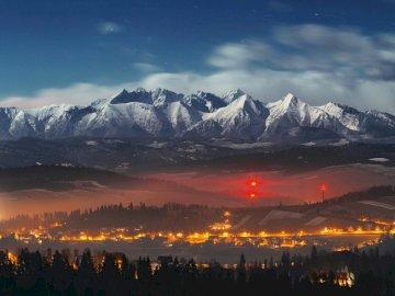 polskie tatry - nocny widok na polskie góry