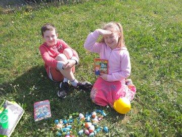 Celia Mayjonade - Ostern zu Hause April 2020 (Haft) mit meinem Bruder