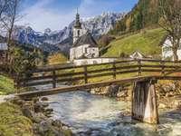 Ramsau bei Berchtesgaden - Ramsau bei Berchtesgaden. En stad och en kommun i Tyskland i delstaten Bayern.