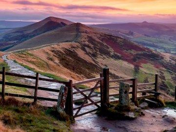 wzgórza anglii - Czteroelementowa układanka