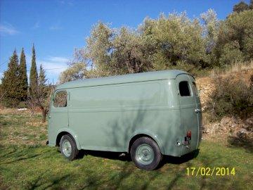 Leon, król samochodów dostawczych - Furgon dostawczy Peugeot D4A z 1958 roku