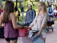 Elena e Caroline - Elena e Caroline della serie Vampire Diaries