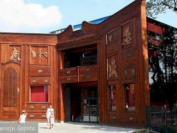 Baj Theater in Toruń - Interessantes Gebäude, Architektur, Toruń