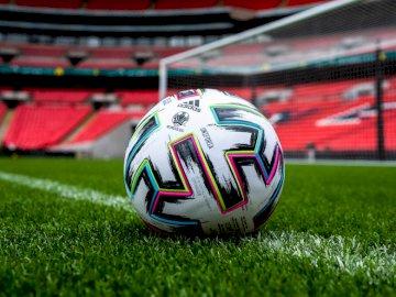 Ballon Euro 2020 - Une belle balle pour des euros, mais elle n'est pas là car elle est covid-19