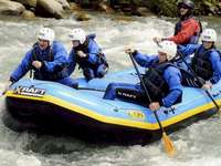 River rafting - Descent through the rapids