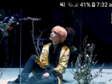 TAE IN CONCERT - - -