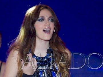 Azul Medina / Luz - Azul Medina / Luz από την Αργεντινή σειρά Aliados.
