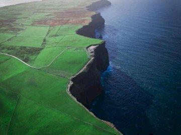 Planet. Ireland. - Jigsaw puzzle. Ireland in advance.