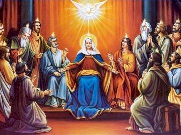 DuchŚwiety - invio dello spirito santo Un gruppo di persone in posa per la fotocamera. Pentecoste. Un gruppo di p