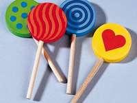 Čtyři lízátka - Čtyři dřevěné lízátka - puzzle pro děti