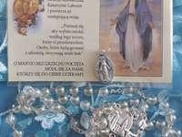 Wunderbare Unbefleckte Medaille - Schöne Dame die wundersame Medaille der Heiligen Jungfrau Maria.