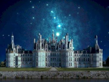 wundervolles Schloss in der Nacht - wundervolles Schloss in der Nacht.
