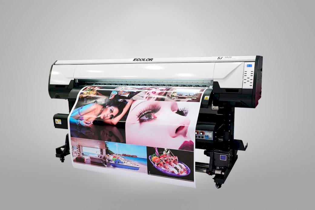 A Plotter - Technológiai fejlődés. A nyomtató közelről (5×5)