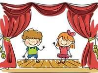 Театър чрез игра