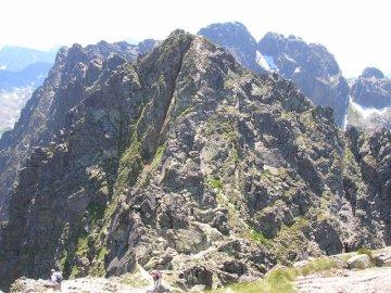 orla perc test - test per la raccolta dei governatori. Una vista di una montagna rocciosa.