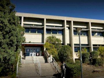 BU Saint-Jérôme - INSPE Saint-Jérôme science BU е част от мрежата на AMU BU и се намира в