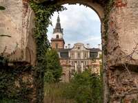 abandoned beauty - Castle in Roztoka - a baroque residence in Roztoka. A close up of a stone building that has grass an