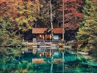 Pequeño lago hermoso, Suiza
