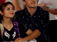 Luna e Matteo - Lutteo (Lu / na e Ma / tteo) .- Romantica relazione di Luna (Sol) e Matteo, interpretata da Karol Se