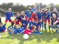 Francois - Today, it is the photo of the beginning of the U15 season which is recomposed. Difficulty level: med