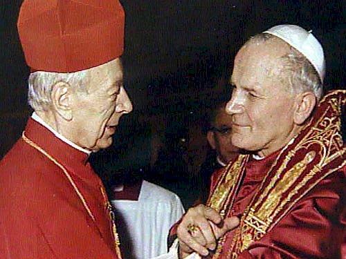 JP II du Card. Stefan Wyszyński - après avoir été élu pape avec le cardinal Stefan Wyszyński. Le pape Jean-Paul II et al. qui se