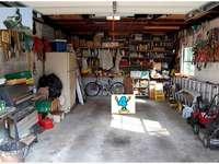 TEST garázs