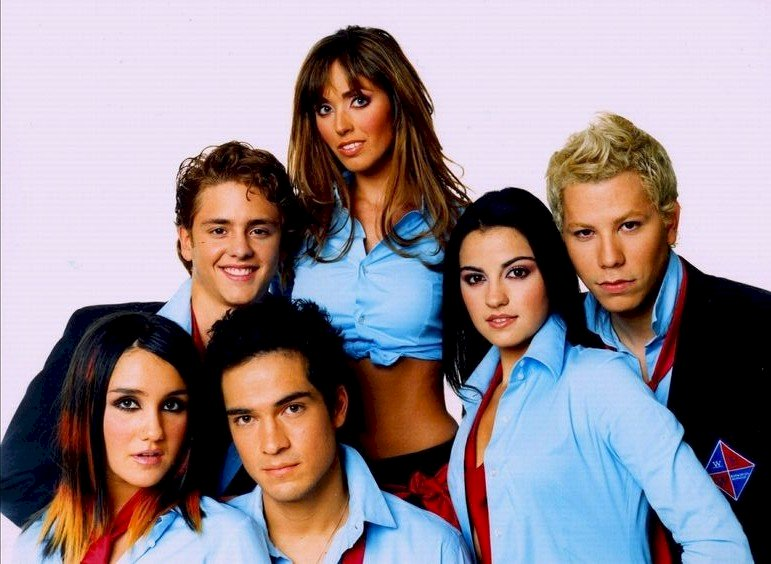 Santiago h - breakers for youth. Dulce Maria, Christopher von Uckermann, Alfonso Herrera, Anahi, Maite Perroni, C