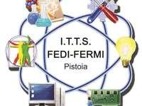 ITTS FEDI-FERMI - LOGO ITTS FEDI-FERMI. O apropiere a unui dispozitiv.