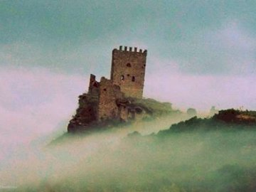 CASTLE OF CEALA 'DIANA