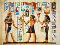 Hieroglyphen - Rätsel zeigen ägyptische Schrift - Hieroglyphen auf Papyrus geschrieben. Eine Gruppe von Personen,