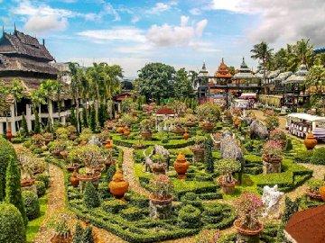 Thailand Nong Nooch - Tajlandia Nong Nooch