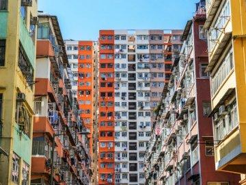 Kolorowe budynki, Hongkong - Ciekawa zabudowa w Hongkongu. Jest to oficjalnie Specjalny Region Administracyjny Hongkong, specjaln