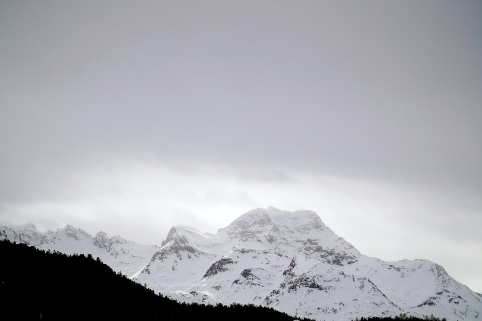 Le Alpi innevate di puzzle online