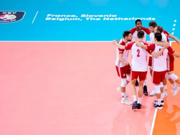 Polish national volleyball team - Polish national volleyball team. A person standing on a court.