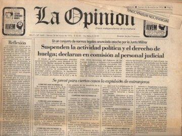 .msheralqwenrlmnewqtpojnreknty - qtrjqwetkljety, .nlerkhnoljsdabgs. A close up of a newspaper.