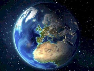 Kosmos - planeta Ziemia - Planeta Ziemia w kosmosie.