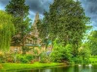 castle_vegetation_lake_green_colors