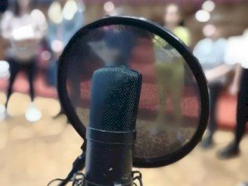 Żagań culturale - Musica e canto, lezioni con un microfono.