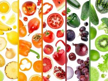 Frutas y vegetales - Rompecabezas para niños: frutas y verduras. Un plato de comida en una mesa.