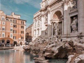 La Fontana di Trevi frente izquierdo - La Fontana di Trevi frente izquierdo Roma. A group of people in front of a stone building with Trevi