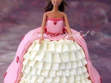 Un pastel con forma de muñeca - Pastel en forma de princesa. Comenta si te gusta :). Barbie con un vestido rosa.