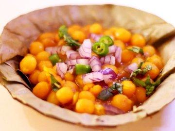 Ghugni: ¡al estilo bengalí! - Intenta armar este rompecabezas ghugni juntos. Un plato de comida.