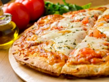 Una deliciosa pizza - Deliciosa pizza que te hará sentir como en una pizzería. Si tienes alguna idea para otros rompecab