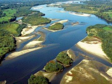 Piotrowska - Wisła-królowa polskich rzek. A z bliska stoku obok rzeki.