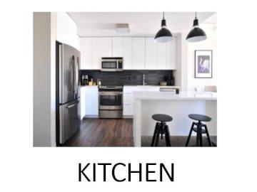 KITCHEN JIGSAW - KITCHEN JIGSAW - MY HOME. Una cocina con una mesa en una habitación.
