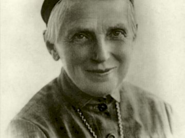 Santa Úrsula - Santa Urszula Ledóchowska 1865-1939. Ursula Ledóchowska con sombrero.